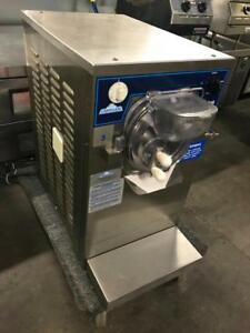 Countertop carpigiani lb100 gelato ice cream batch freezer ( like new ! ) only $7500 only 1 avaiable
