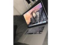 1015 MacBook Pro size 15 2.2 i7