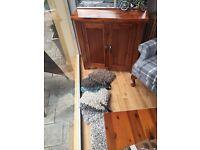 Compact sideboard