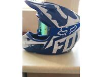 Fox motocross helmet (M) with fox goggles