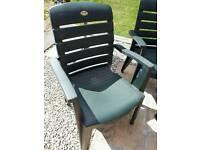 Hartman garden table & chairs