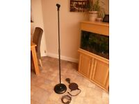 Heavy duty metal microphone stand plus a few bits see images