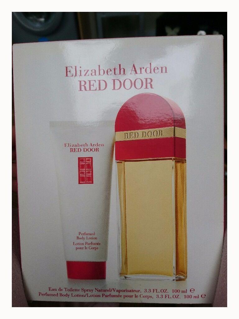 Elizabeth Arden Red Door Perfume Gift Set 100ml In York North