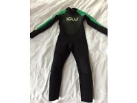 Childs Iglu 4/3 wetsuit, excellent condition