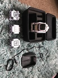 COSMO ROBOT INCLUDING CARRY CASE EXCELLENT CONDITION