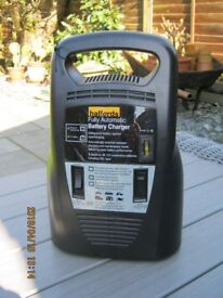 Fully Automatic battery charger by Halfords