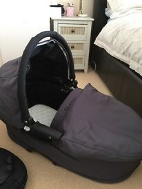 Quinney Buzz carrycot