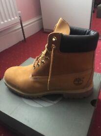 10.5 men's timberland boots