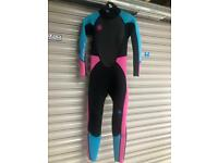 Girls 11-12 (youth XL) wetsuit