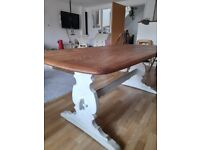 Ercol Elm wood Dining table with 6 chairs