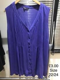 Women's sleeveless top size 22/24