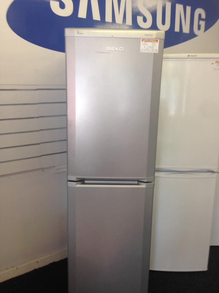 Beko Fridge Freezer (5104)
