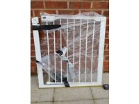 Baby/ Pets safety gate