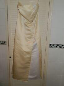 PROM DRESS SIZE 10 LEMON AND WHITE COLOUR