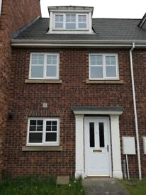 Modern 3 bed town house unfinished for rent in Jarrow town centre.