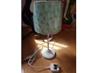 Cream ditsy table lamp