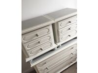 Chest of drawers and 2 bedside table drawers shabby chic, Annie Sloan painted