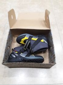 Five ten canyoneer boots ideal for kayaking or water sports.