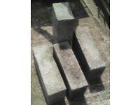 4 x Breeze Blocks