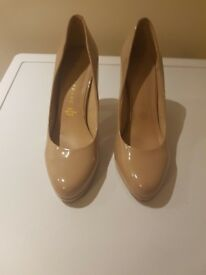 Womens size 6 nude Dorothy Perkins high heels