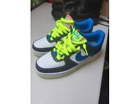 Ladies NIKE AIR FORCE ONE SIZE 6 brand new never worn