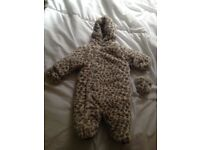 Mothercare 0-3 baby girl leopard print snowsuit. Never worn. Excellent condition. Pick up only.