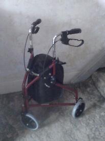 3-wheel walker/rollator