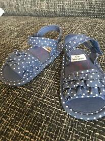 Girls polka dot sandals.