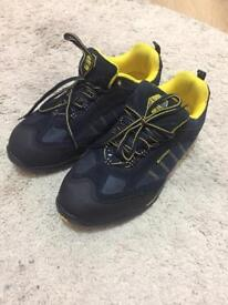 Safety shoes size 7 as new