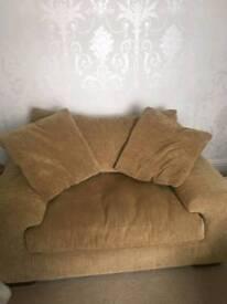 Love / Snuggle chair
