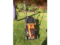Black and Decker CLM382O Cordless Lawnmower
