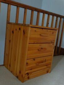 Pine bedside 3 drawer cabinet