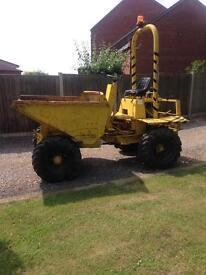 Dumper 2.5 ton 4x4