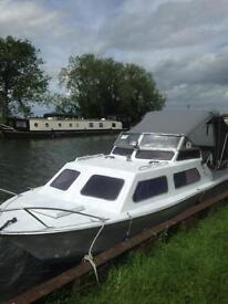 VIKING 20 CABIN CRUISER WITH 9 month mooring