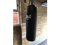 Everlast Punch Bag Punchbag With Brackets