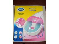 Scholl Pedicure Foot Spa with 9 piece Nail Care Set.