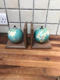 Lovely Ornate Globe Design Bookends