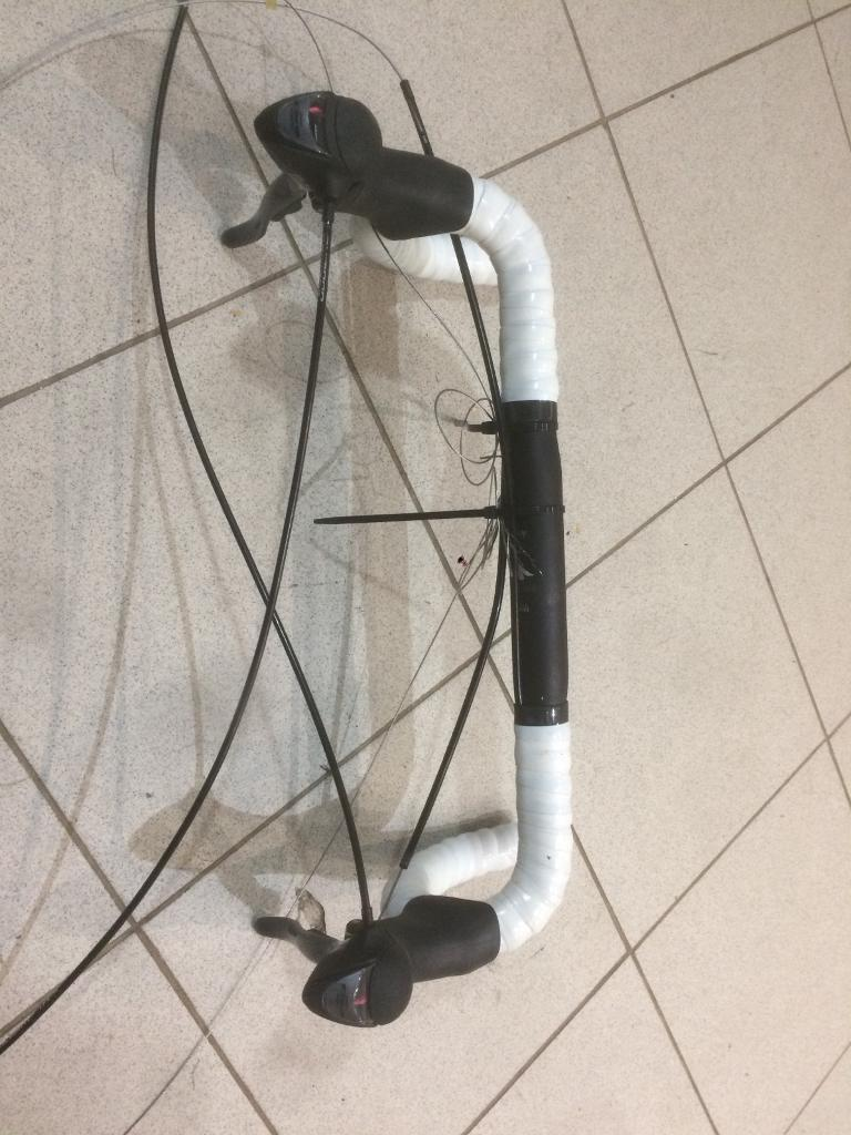 Specialised road bike drop handlebars with Claris shifters