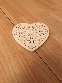 15 heart shaped table coasters