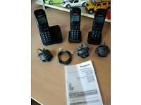 Triple telephone set