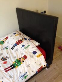 Single bed with
