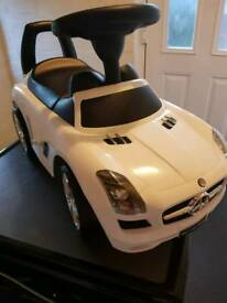 Childs ride on mercedes benz