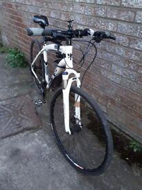 Hybrid bike City 3