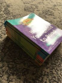 Read With Biff, Chip and Kipper books, Level 4-6. Set of 25 books