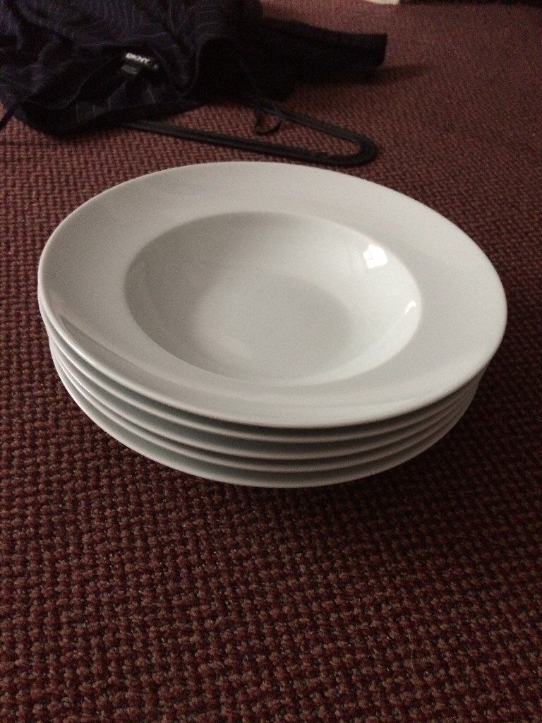 3 white waitrose pasta bowls /soup bowls/ main meal bowls excellent condition, price is for the set