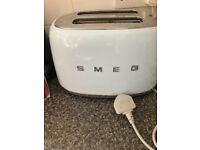 Eggshell blue Smeg double toaster
