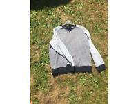 Men's easy clothing suppliers laundered goods grey and navy jumper size xl