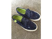 Joules Boys Slip in Pumps Size 1