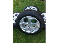 "20"" Range Rover Sport Vogue Discovery Alloy Wheels Pirelli Tyres"