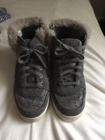 Clarks hi-tops, size 12.5F, grey suede with fur